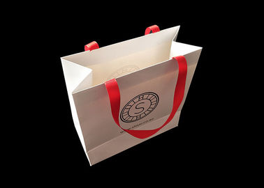 Cina Biodegradable Shopping Personalized Paper Bags Garments Luxury Paper Branded pabrik